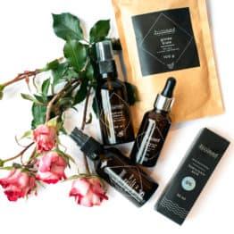 Zestaw kosmetyczny Esencja kobiecości - kosmetyki naturalne Bioleev